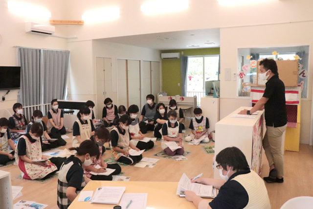 保育の質の向上の為の施設内研修を行いました。